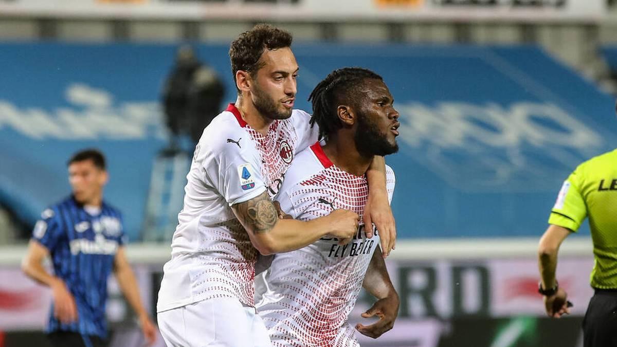 Hakan Calhanoglu steht vor einem Wechsel zu Inter