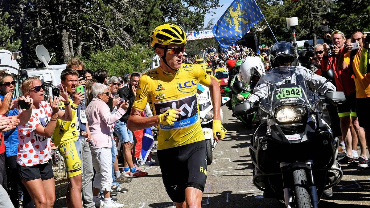Christopher Froome behält trotz seiner Laufeinlage das Gelbe Trikot