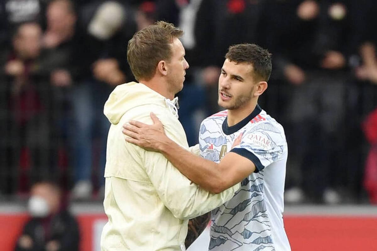 Lucas Hernández erlebt turbulente Tage, ihm droht Gefängnis. Sportlich aber überzeugt er beim FC Bayern, Julian Nagelsmann hebt eine neue Stärke hervor.