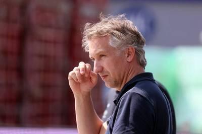 Vor dem Topspiel der 2. Bundesliga zwischen Werder Bremen und dem Hamburger SV lässt Mario Basler kein gutes Haar an Werders Sportgeschäftsführer Frank Baumann.