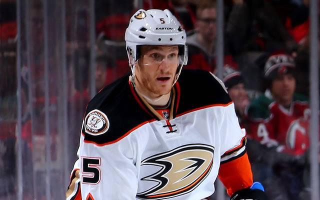 Korbinian Holzer verliert mit den Anaheim Ducks