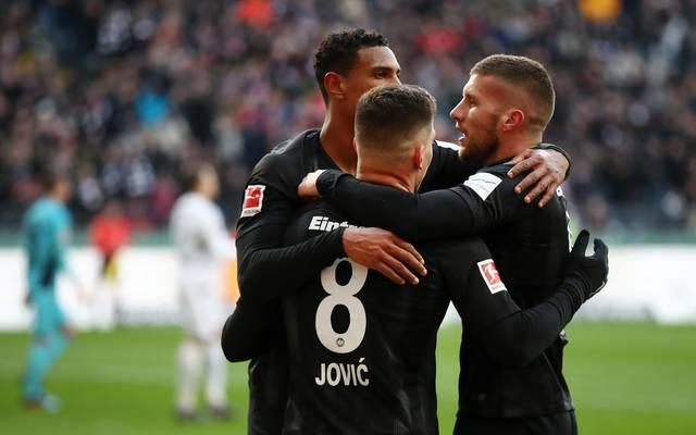 Luka Jovic  Die Frankfurter Mannschaft hat in dieser Saison sowohl national als auch international für Furore gesorgt. Nun peilt man die CL-Qualifikation an