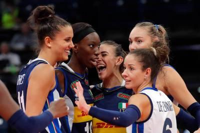 Italiens Volleyballerinnen schnappen sich zum dritten Mal EM-Gold. Im Finale wird Titelverteidiger Serbien entthront. Die Türkei wird Dritter,