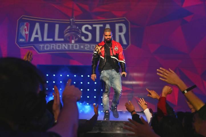 Es ist wieder so weit: Die NBA feiert ihre große Party. Das 65. All-Star Game findet in Toronto statt und wird standesgemäß vom einheimischen Rapper Drake eröffnet