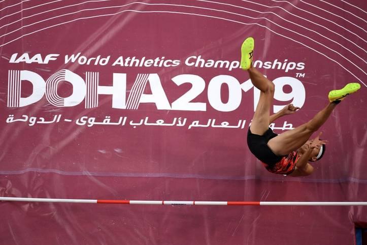 Noch bis Sonntag findet in Doha die Leichtathletik-WM statt. Trotz hervorragender Leistungen der Sportler sind die Titelkämpfe bisher eines - eine WM der Extreme