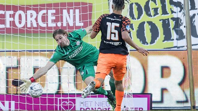 Lars Unnerstall ist die neue Nummer 1 bei PSV Eindhoven