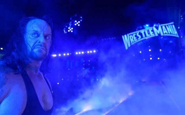 Der Undertaker verlor den Hauptkampf von WWE WrestleMania 33 gegen Roman Reigns