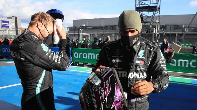 Lewis Hamilton (r.) musste sich seinem Teamkollegen Valtteri Bottas geschlagen geben