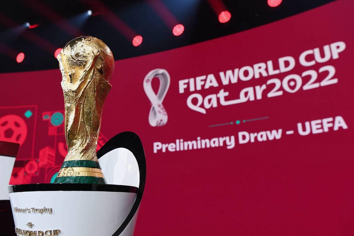 Die FIFA diskutiert Pläne für eine Fußball-Weltmeisterschaft alle zwei Jahre. Die deutschen Fans lehnen diese neuen Pläne der FIFA kategorisch ab.