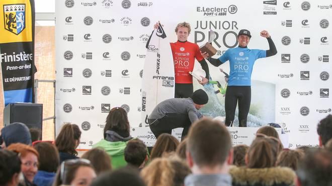 Lenni Jensen wird sensationell Zweiter beim Junior Pro in La Torche