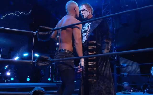 Sting (r., mit Darby Allin) debütierte bei AEW Dynamite