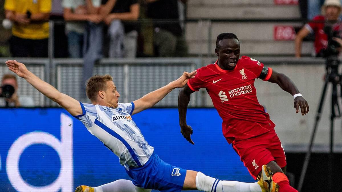 Santiago Ascacíbar (l.) traf gegen Liverpool zum 1:0