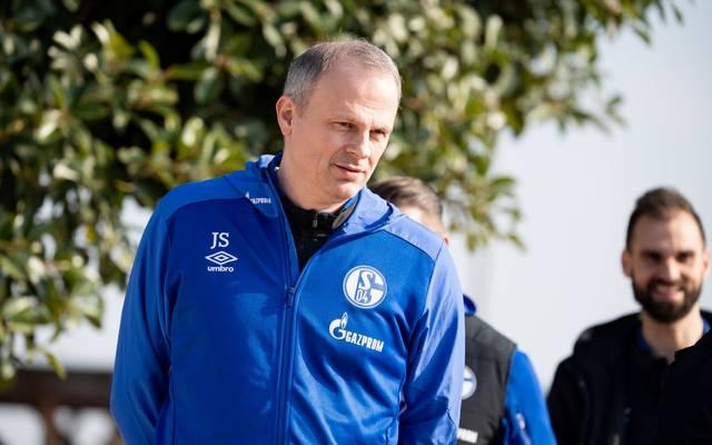 Jochen Schneider hält nicht von dem Vorschlag des Bayern-Präsidenten