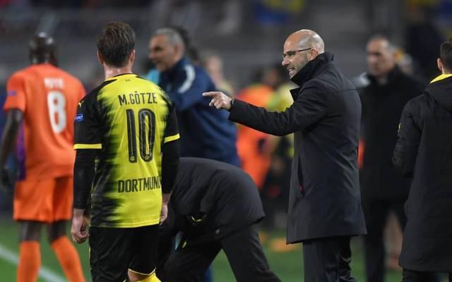 Peter Bosz (r.) und Mario Götze arbeiteten bei Borussia Dortmund zusammen