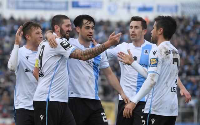 Der TSV 1860 München feiert einen Auswärtssieg in Jena