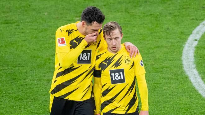 Felix Passlack (r.) bleibt beim BVB