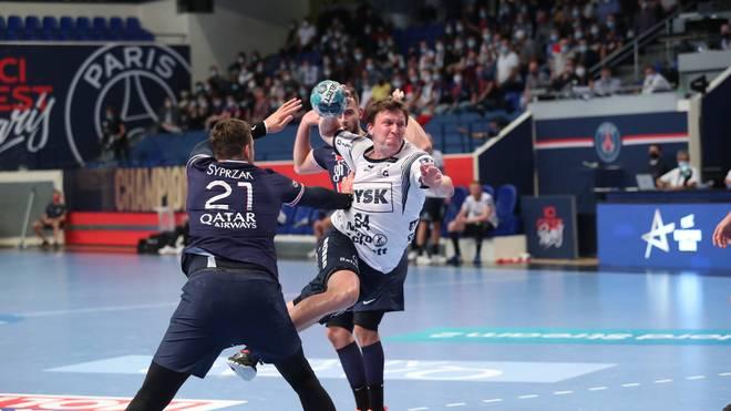 Lasse Möller und die SG Flensburg-Handewitt drehen in Hälfte zwei das Match