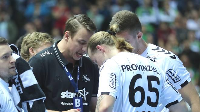 Lukas Nilsson (r.) blüht unter Trainer Filip Jicha beim THW Kiel auf