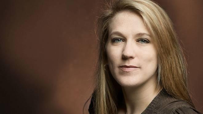 Mara Pfeiffer ist freiberufliche Journalistin und Autorin