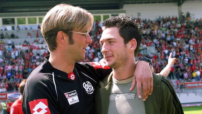 Sandro Schwarz (r.) war bei Mainz 05 erst, Teamkollege dann Schützling von Jürgen Klopp