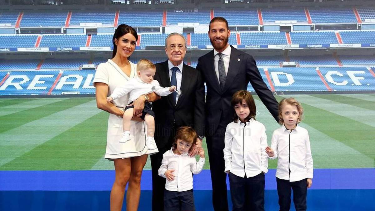 Sergio Ramos und seine Familie beim Real-Abschied mit Florentino Perez