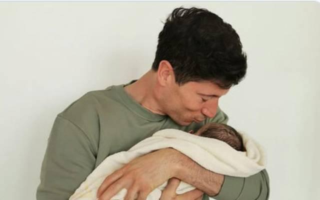Robert Lewandowski hat mit Klara und der neu geborenen Laura nun zwei Töchter