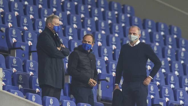 Alexander Jobst (M.) ist Marketing-Vorstand des FC Schalke 04