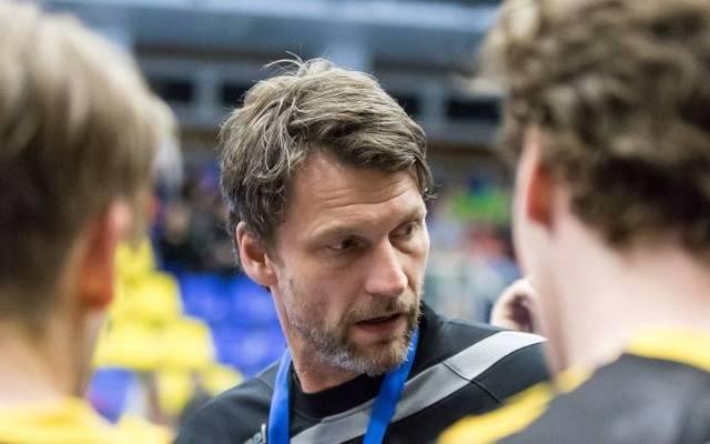 Auch Trainer Robert Hedin ist positiv getestet worden