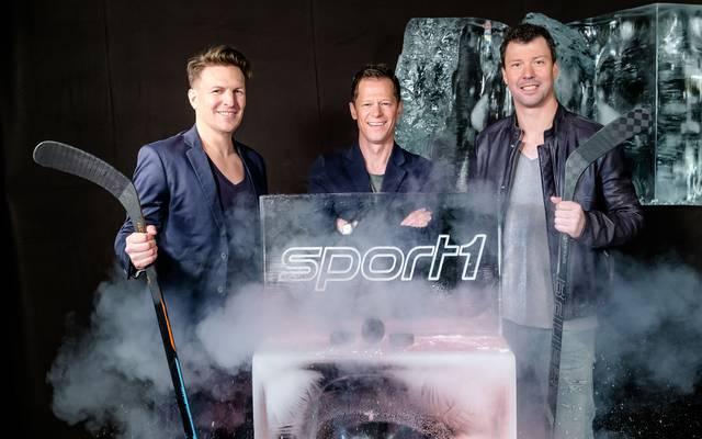 Das SPORT1-Eishockey WM-Team: Kommentator Basti Schwele, Moderator Sascha Bandermann und Experte Rick Goldmann (v.l.n.r.)