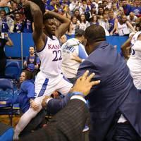 Massenschlägerei College-Basketball - De Sousa suspendiert