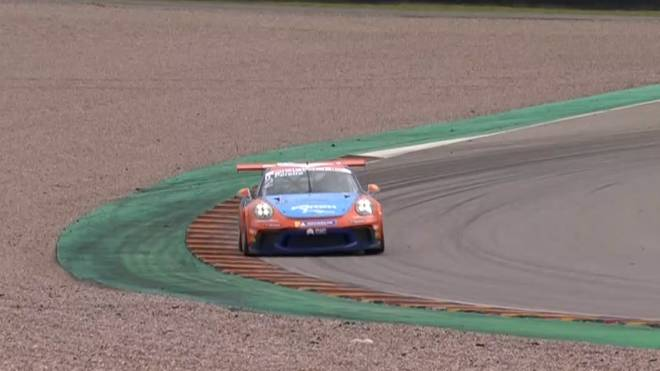 Dylan Pereira hat das zweite Rennen des Porsche Carrera Cups am Red Bull Ring gewonnen