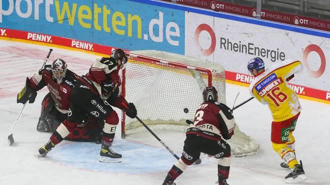 Die Kölner Haie waren im Derby gegen die Düsseldorfer EG weitgehend chancenlos