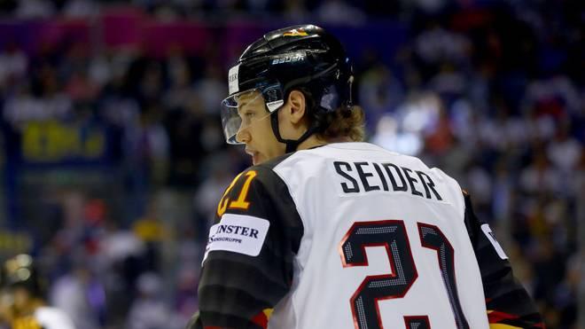 Moritz Seider verliert mit der U20 klar gegen Russland