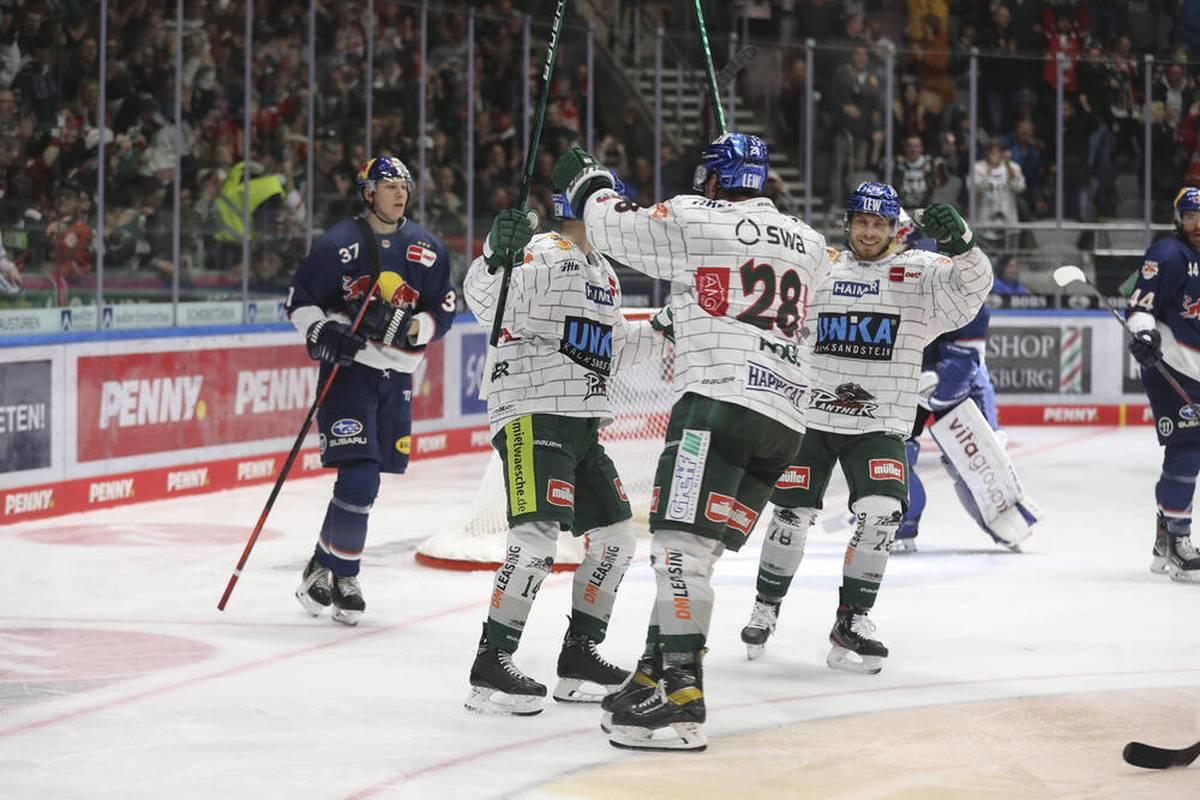 Tabellenführer Red Bull München ist in der Deutschen Eishockey Liga (DEL) gestolpert.