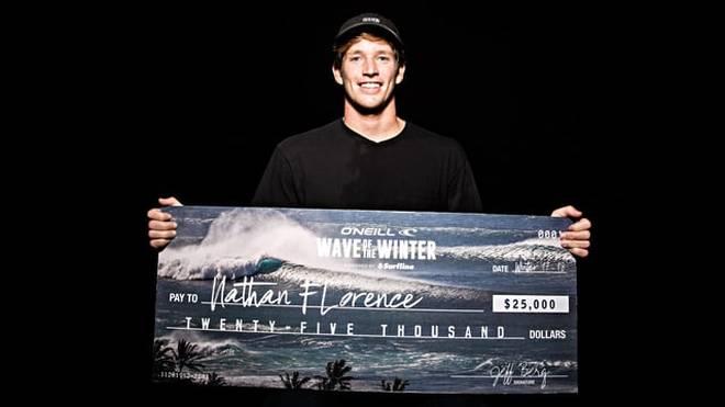John John Florence Bruder gewinnt O'Neill's Wave of the Winter Award
