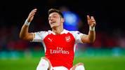 Arsenal FC v Olympiacos FC - Mesut Özil