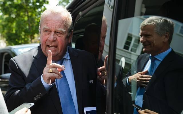 Michel D'Hooghe (l.) ist Chefmediziner der FIFA