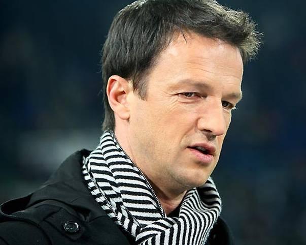 Fredi Bobic kehrt in die Bundesliga zurück und übernimmt beim VfB Stuttgart das Amt des Sportdirektors. Der Nachfolger von Horst Heldt ist in seiner aktiven Karriere sehr viel unterwegs und spielt für acht verschiedene Vereine. SPORT1 hat die besten Bilder