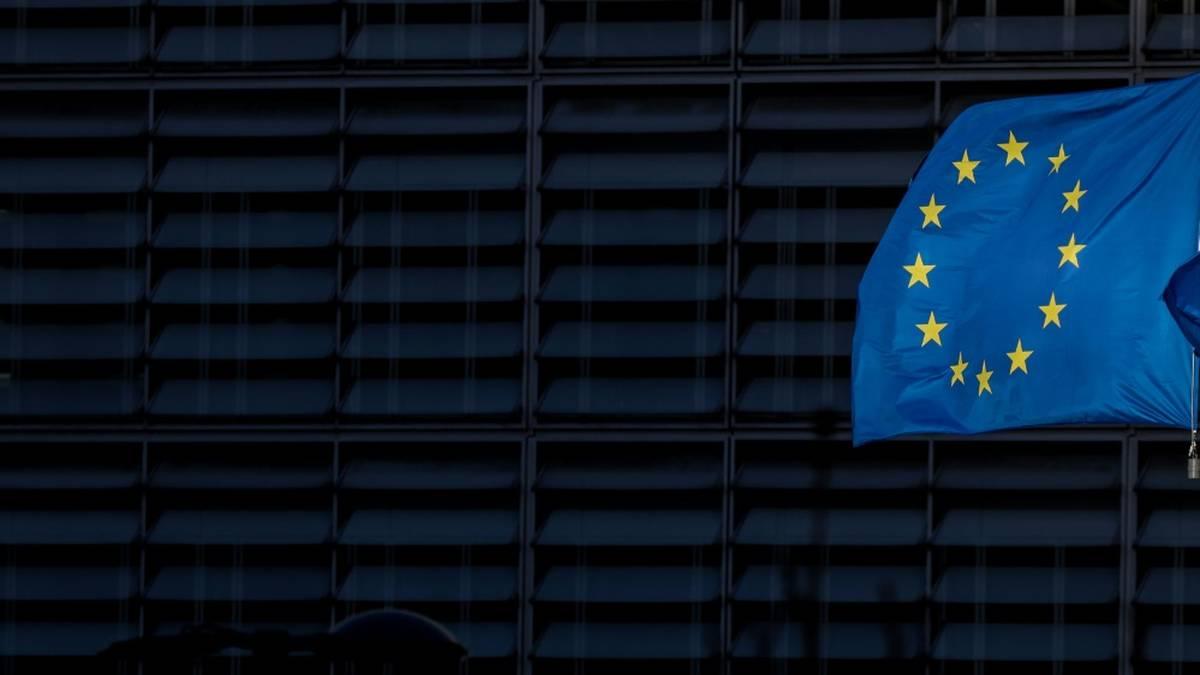 Die EU-Kommission begrüßt das Verbot der Superliga