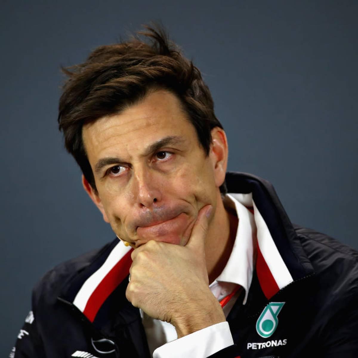 Mercedes schimpft auf Ferrari