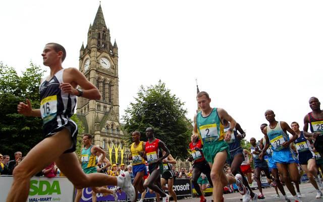 New Zealand runner Jonathan Wyatt passes the Mance