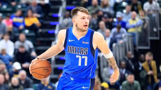NBA: Dallas Mavericks schlagen Charlotte Hornets - Doncic mit Triple-Double Luka doncic führt die Dallas Mavericks zum Comeback-Sieg gegen die Portland Trailblazers