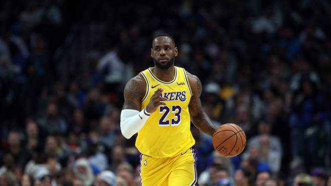 DALLAS, TEXAS - NOVEMBER 01:  LeBron James #23 of the Los Angeles Lakers at American Airlines Center on November 01, 2019 in Dallas, Texas.  NOTE TO USER: User expressly acknowledges and agrees that, by downloading and or using this photograph, User is consenting to the terms and conditions of the Getty Images License Agreement. (Photo by Ronald Martinez/Getty Images)