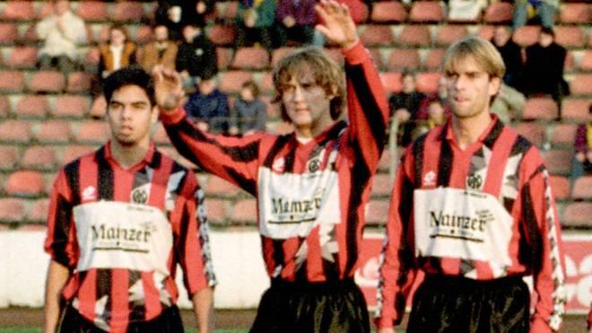 David Wagner (l.) und Jürgen Klopp (r., mit Vlado Kasalo) als Mainzer Teamkollegen 1992