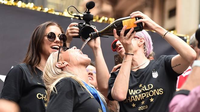 Megan Rapinoe und das US-Team lassen sich feiern - Frauen-WM