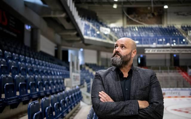 Wolfgang Gastner und die Ice Tigers können gute Nachrichten verkünden