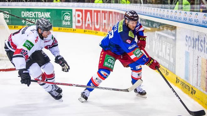 Alexander Barta (r.) hat seinen Vertrag bei der Düsseldorfer EG verlängert