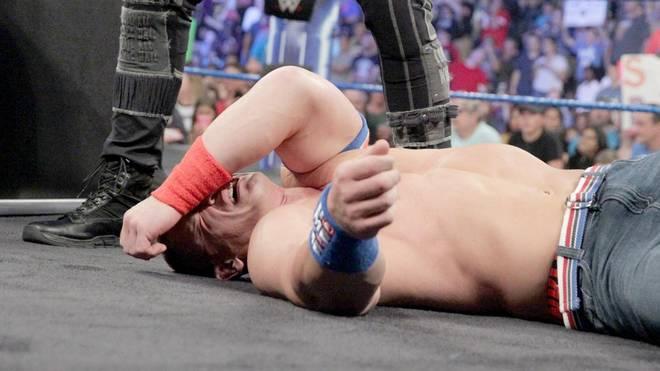 John Cena wurde bei WWE SmackDown Live k.o. getreten