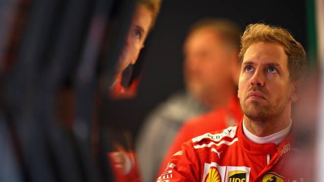 Sebastian Vettel muss in der Startaufstellung beim USA-GP drei Plätze weiter hinten starten