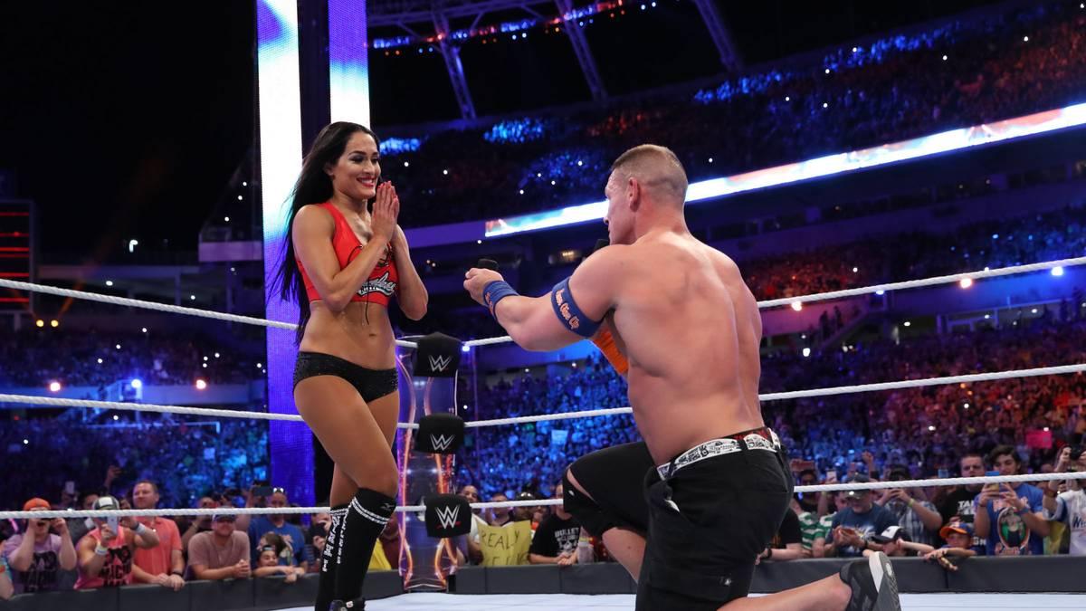 John Cena machte Freundin Nikki Bella bei WWE WrestleMania 33 einen Heiratsantrag